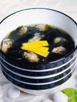 牡蠣のわかめスープ