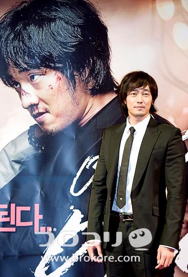 【写真ニュース】ペ・ヨンジュンも出席 『映画は映画だ』VIP試写会