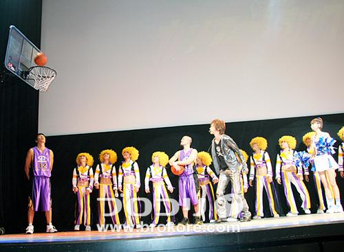 ジェイ・チョウ バスケの腕前を披露!『カンフー・ダンク!』舞台挨拶 「アンナ・リーのGO!GO!華流エンタメ」