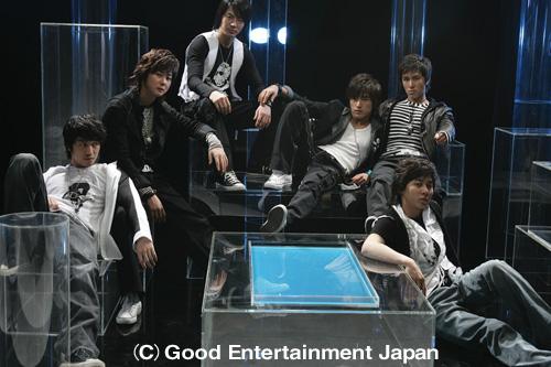 人気グループ神話(シンファ)、12月からアジア・ツアー開始